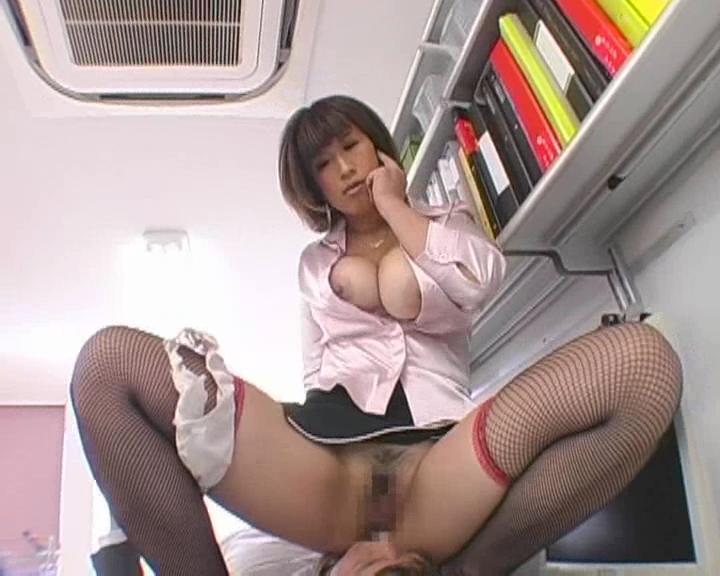 Jカップ爆乳グラビアアイドルがローションで奉仕 松本菜奈実
